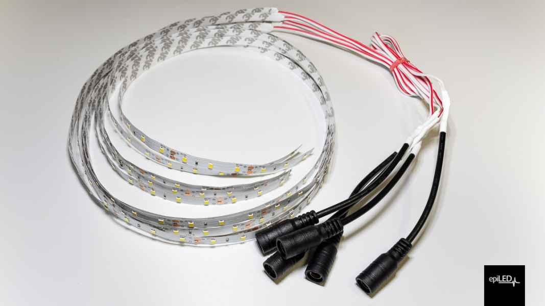 Taśma LED z przewodem zakończonym złączką