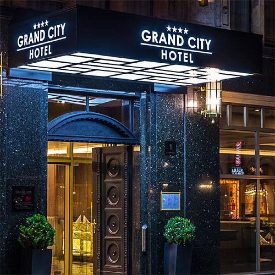 Projecte – Grand City Hotel